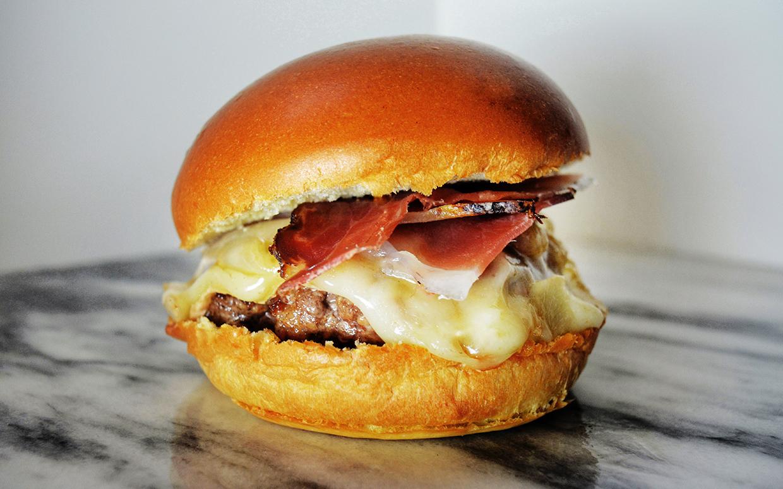 Via Umbria Sud Tyrol Burger