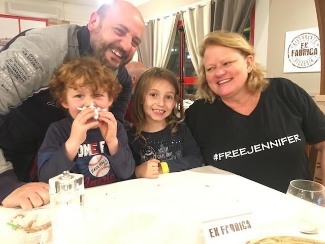 Free Jennifer 008